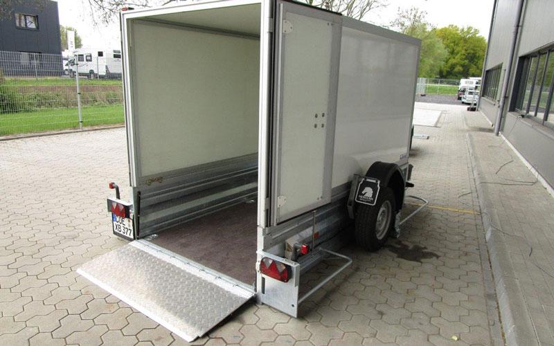 Absenkhänger PT35 zum ebenerdigen absenken und ideal zum Transport von Fahrzeugen