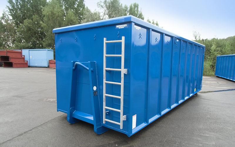 Abrollcontainer von Beringer in blau, eckig mit Spanten und Steigleiter