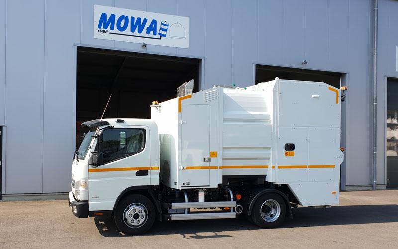 Mobile Waschanlage MOWA L2000 für die Mülltonnenreinigung.